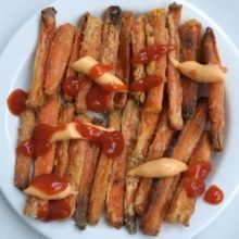 Gluten-free Carrot Fries with ketchup