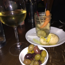 Gluten-free olives and pickled veggies from Casellula