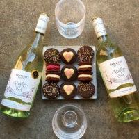 Wine by Flight Song Wine and cookies