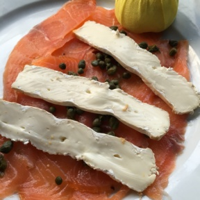 Gluten-free smoked salmon appetizer from Spris Pizza