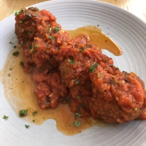 Gluten-free chicken meatballs from Kreation