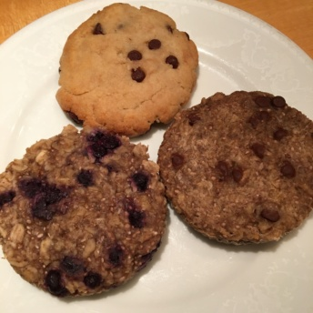 Gluten-free cookies and muffins by Stylish Spoon