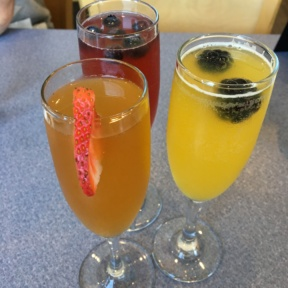 Gluten free brunch cocktails from Elm Street Diner