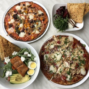 Gluten-free pizza and salads from 800 Degrees Pizza