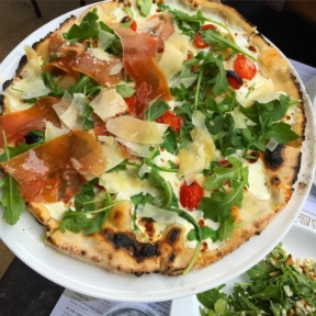 Gluten-free pizza from Adoro Lei