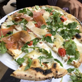 Gluten-free white pizza from Adoro Lei
