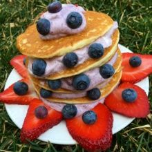 Gluten-free Berry Yogurt Pancakes