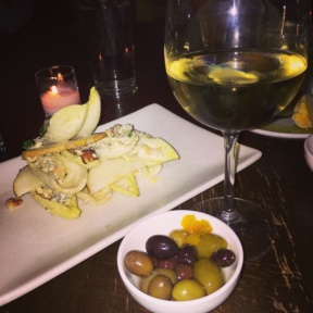 Gluten-free wine and salad from Casellula