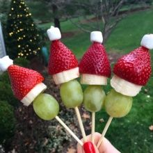 Fruit Santas for Christmas food art
