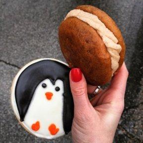 Two gluten-free cookies from Gluuteny