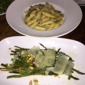 Gluten-free pasta and asparagus from Gran Morsi