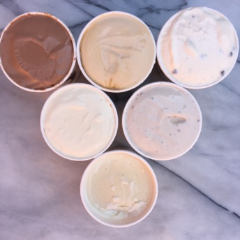 6 pints of organic ice cream from Snoqualmie