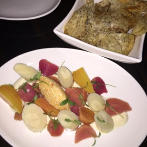 Gluten-free chips and beets from Noreetuh