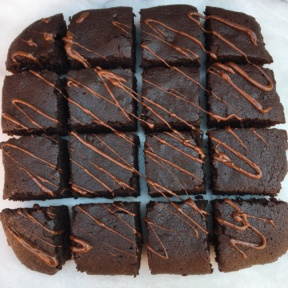 Gluten-free and Paleo Brownies with Chocolate Drizzle