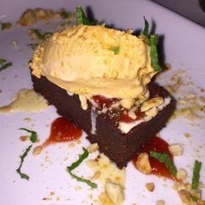 Gluten-free chocolate cake from Pampano