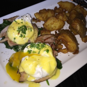 Gluten-free eggs Benedict from Park Avenue Tavern