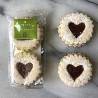 Gluten-free raspberry Linzer cookies by Glutenetto