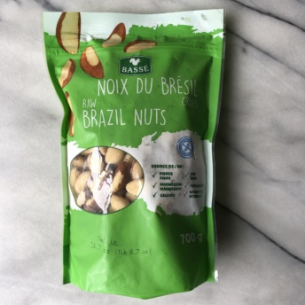Raw Brazil nuts from Basse Nuts