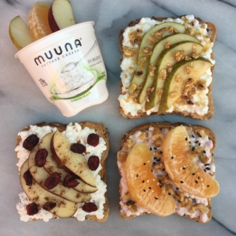 Gluten-free toasts with Muuna Cottage Cheese
