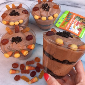 Halloween Dirt Cups using organic candy by YumEarth