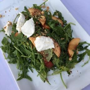 Gluten-free nectarine salad from Aroha