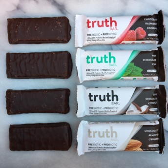 Bars with probiotic + prebiotic fiber by Truth Bar