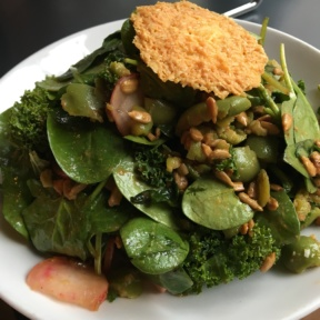 Gluten-free spinach salad from Tali