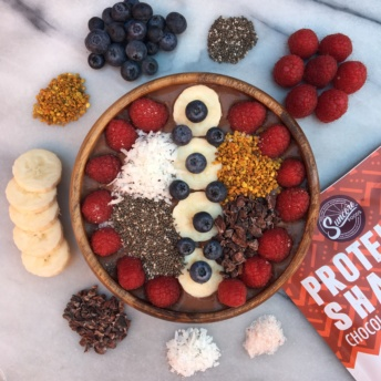 Gluten-free smoothie bowl with Suncore Foods products