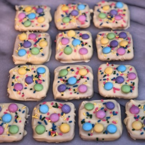 Easter Chocolate Bark with white chocolate