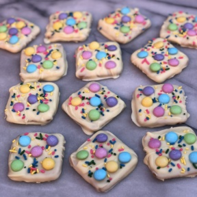 Easter Chocolate Bark using Schar honeygrams