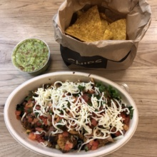 Gluten-free lunch and chips from Dos Toros