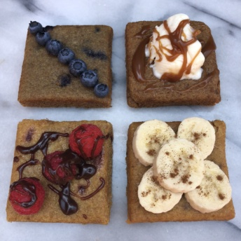 Snack cakes from Nush Foods with toppings
