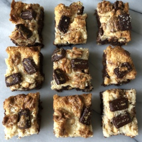 Nine gluten-free Layer Bars