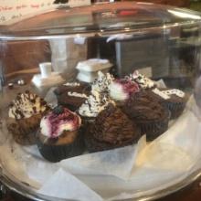Gluten-free vegan cupcakes from Vegan Vee