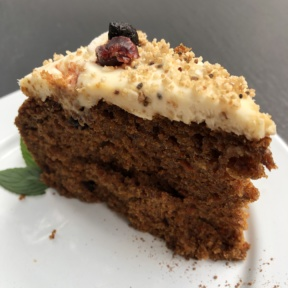 Carrot cake from La Otila