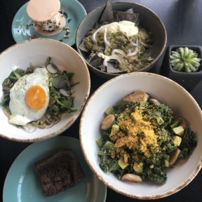 Gluten-free lunch at Hungry Beast
