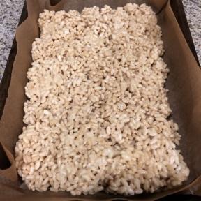 Making gluten-free Marshmallow Treats
