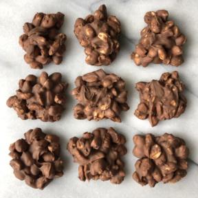 Gluten-free Chocolate Peanut Clusters