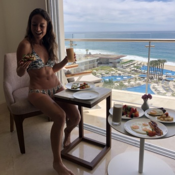 Jackie eating brunch from Le Blanc Room Service