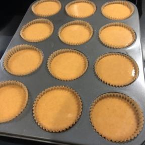 Making gluten-free Mini Pumpkin Pies