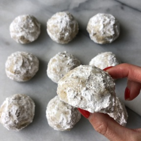 Ready to eat Chocolate Stuffed Snowball Cookies