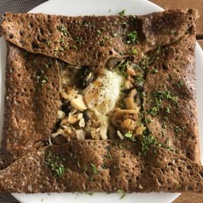 Gluten-free chicken crepe from La Table de Sophie