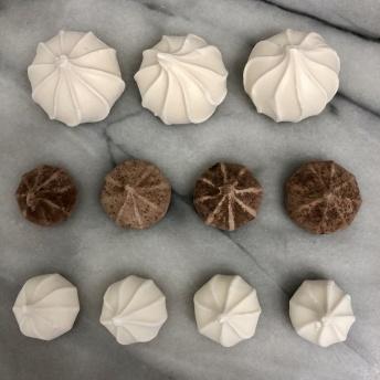 Delicious gluten-free meringue cookies by Belle Meringue