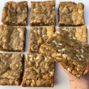 White Chocolate Blondies with lots of white chocolate chips