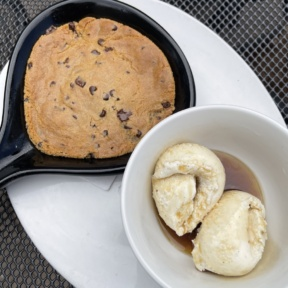 Gluten-free chocolate chip cookie from Picazzos