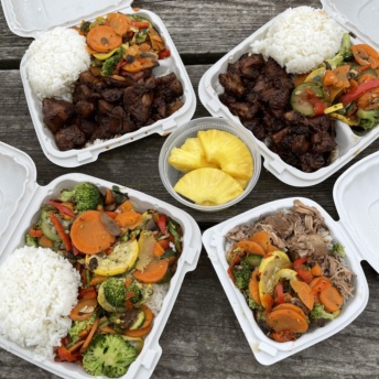 Gluten-free lunch from Hawaiian Bros