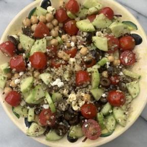 Delicious Greek Quinoa Salad