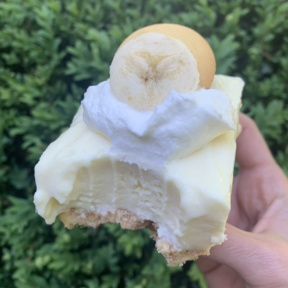 Delicious gluten-free Banana Pudding Cheesecake Bars